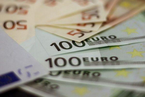 Bonus 1.000 euro INPS, a chi spetta e come richiederlo